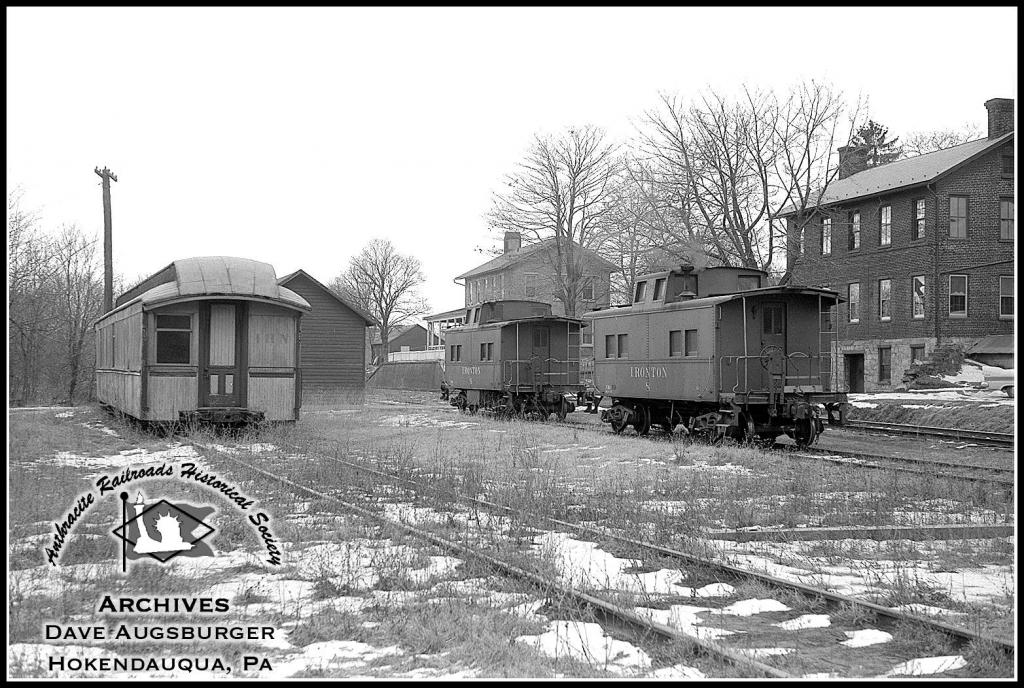 Ironton Caboose 8 at Hokendauqua, PA - ARHS Digital Archive