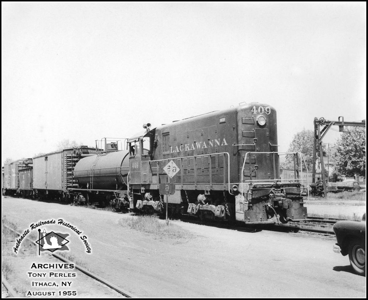 Delaware, Lackawanna and Western ALCO HH600 409 at Ithaca, NY - ARHS Digital Archive