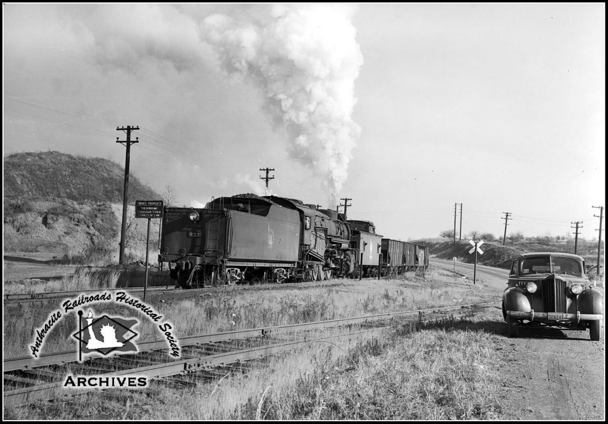 Central Railroad of New Jersey BLW 2-8-2 933 at Unknown, US - ARHS Digital Archive