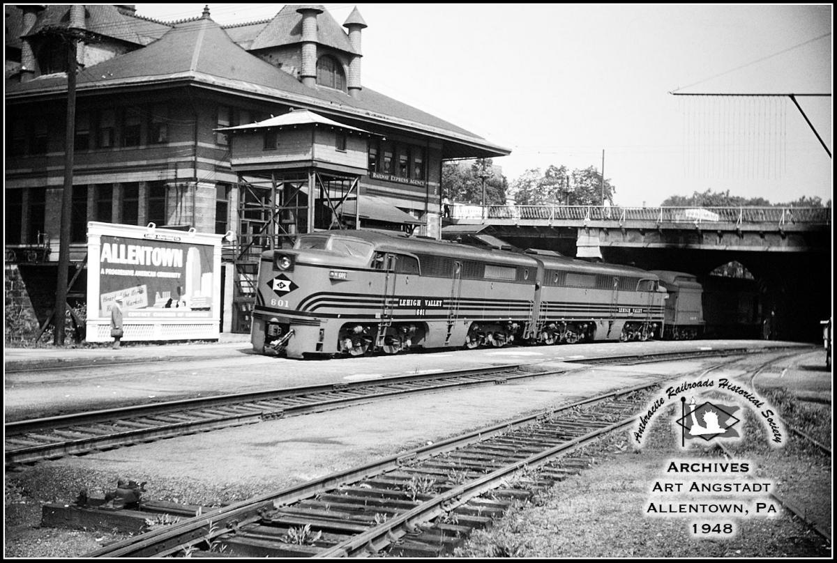 Lehigh Valley ALCO PA1 601 at Allentown, PA - ARHS Digital Archive