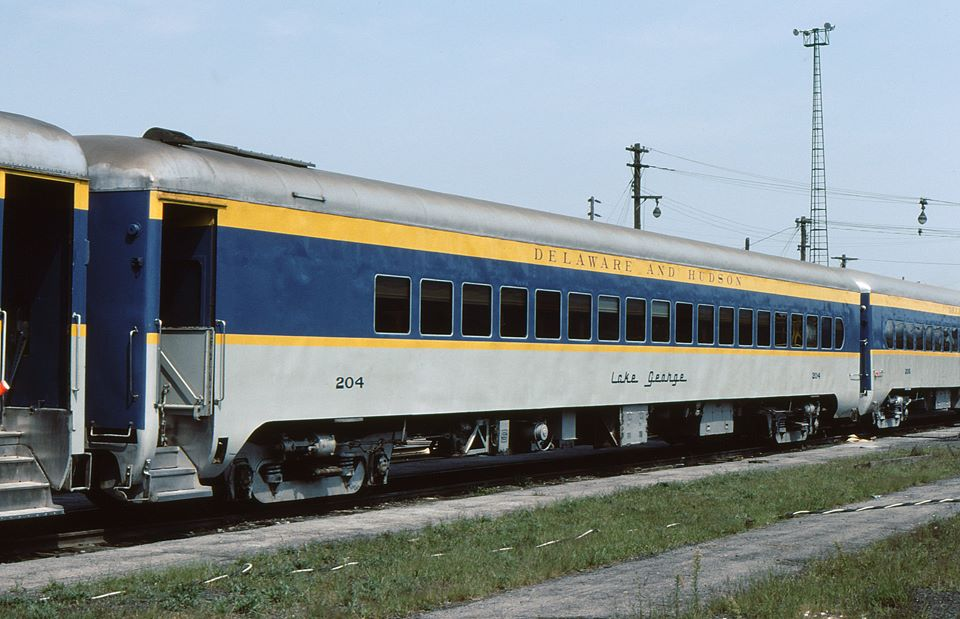 Delaware and Hudson Passenger 204 at Colonie, NY - ARHS Digital Archive