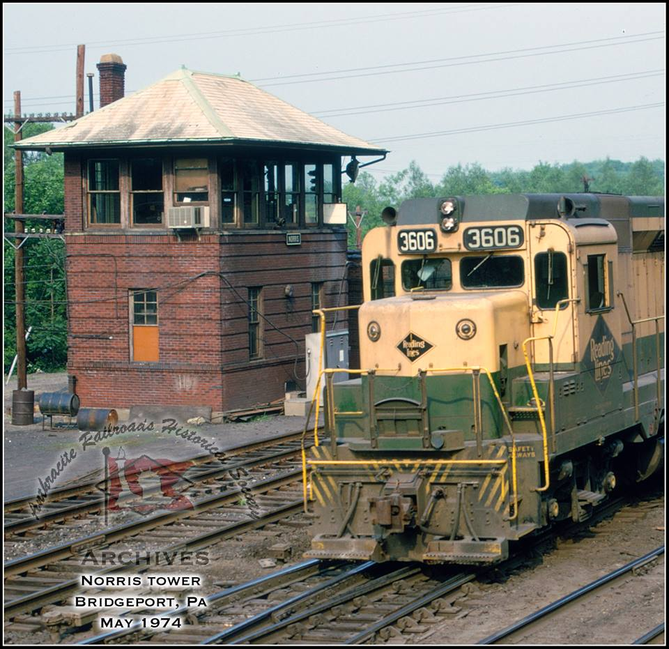 Reading EMD GP30 3606 at Bridgeport, PA - ARHS Digital Archive