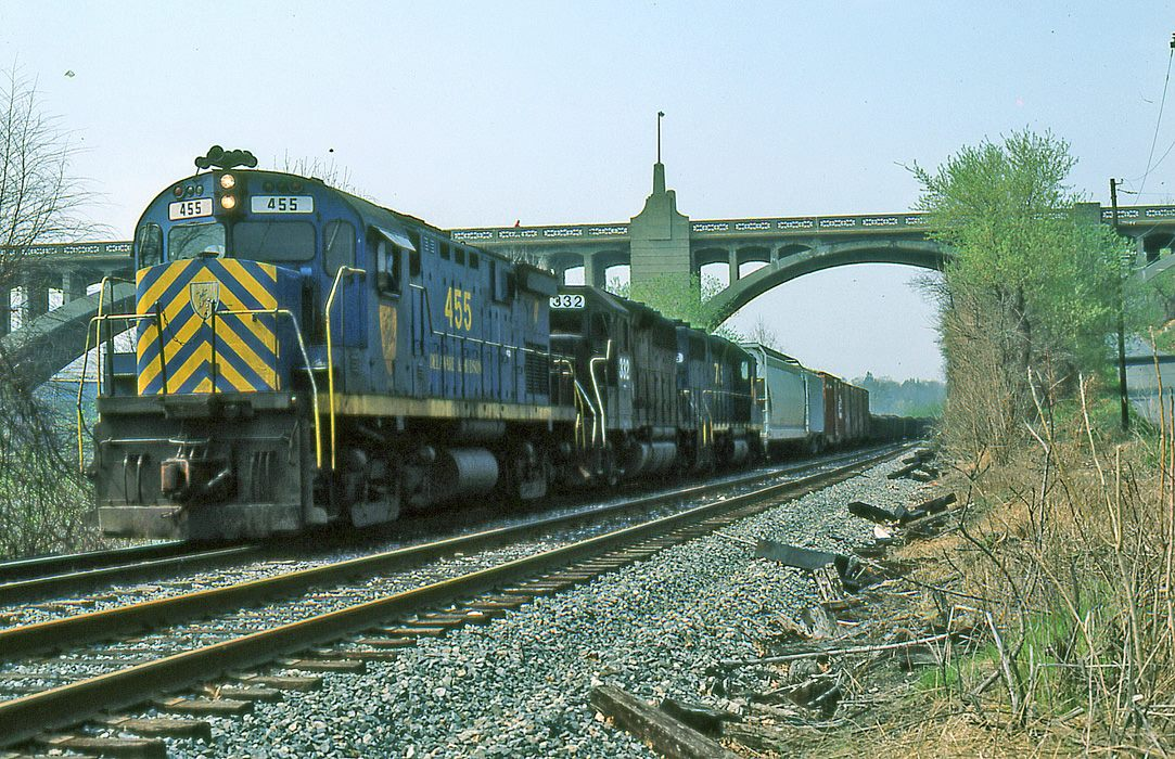 Delaware and Hudson ALCO C424 455 at Allentown, PA - ARHS Digital Archive