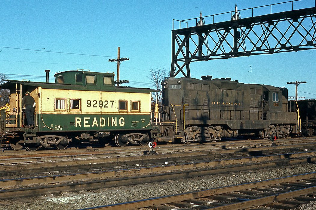 Reading Caboose 92927 at King of Prussia, PA - ARHS Digital Archive