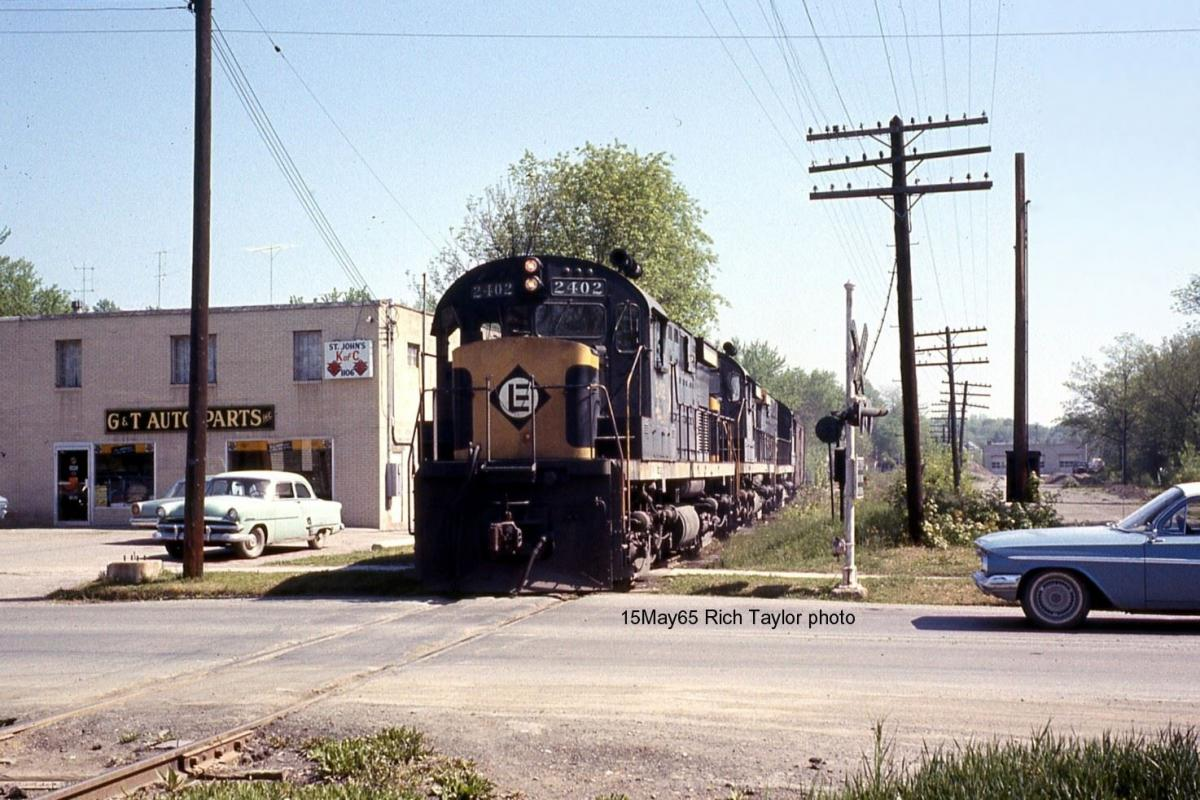 Erie Lackawanna ALCO C424 2402 at Goshen, NY - ARHS Digital Archive
