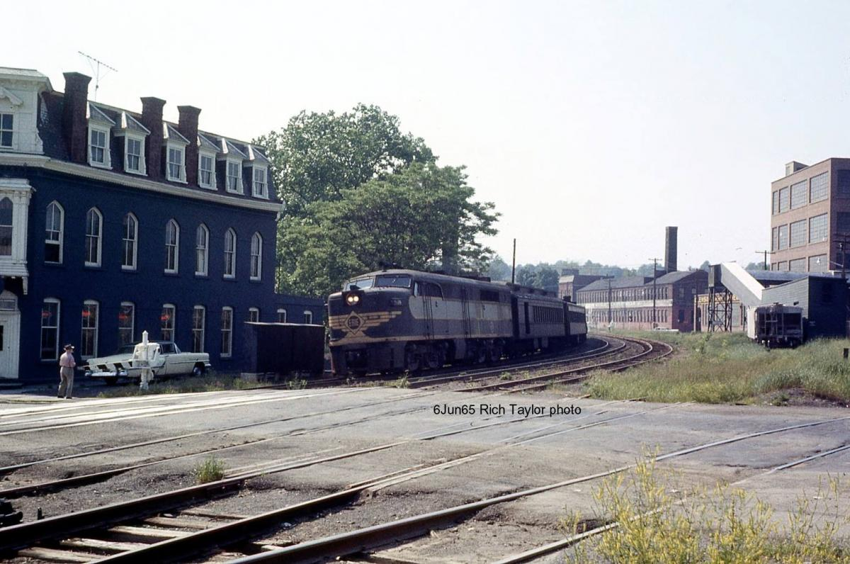 Erie Lackawanna ALCO PA2 862 at Middletown, NY - ARHS Digital Archive