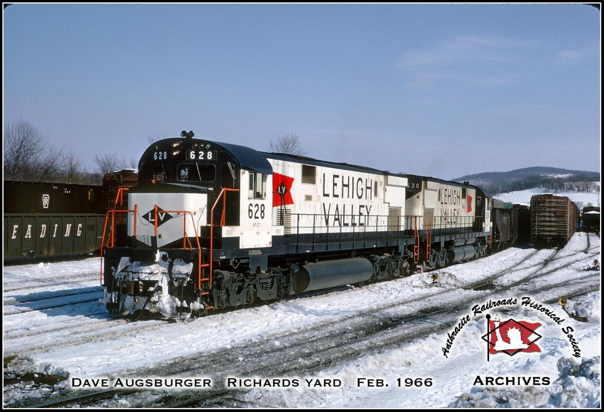 Lehigh Valley ALCO C628 628 at Williams Township, PA - ARHS Digital Archive