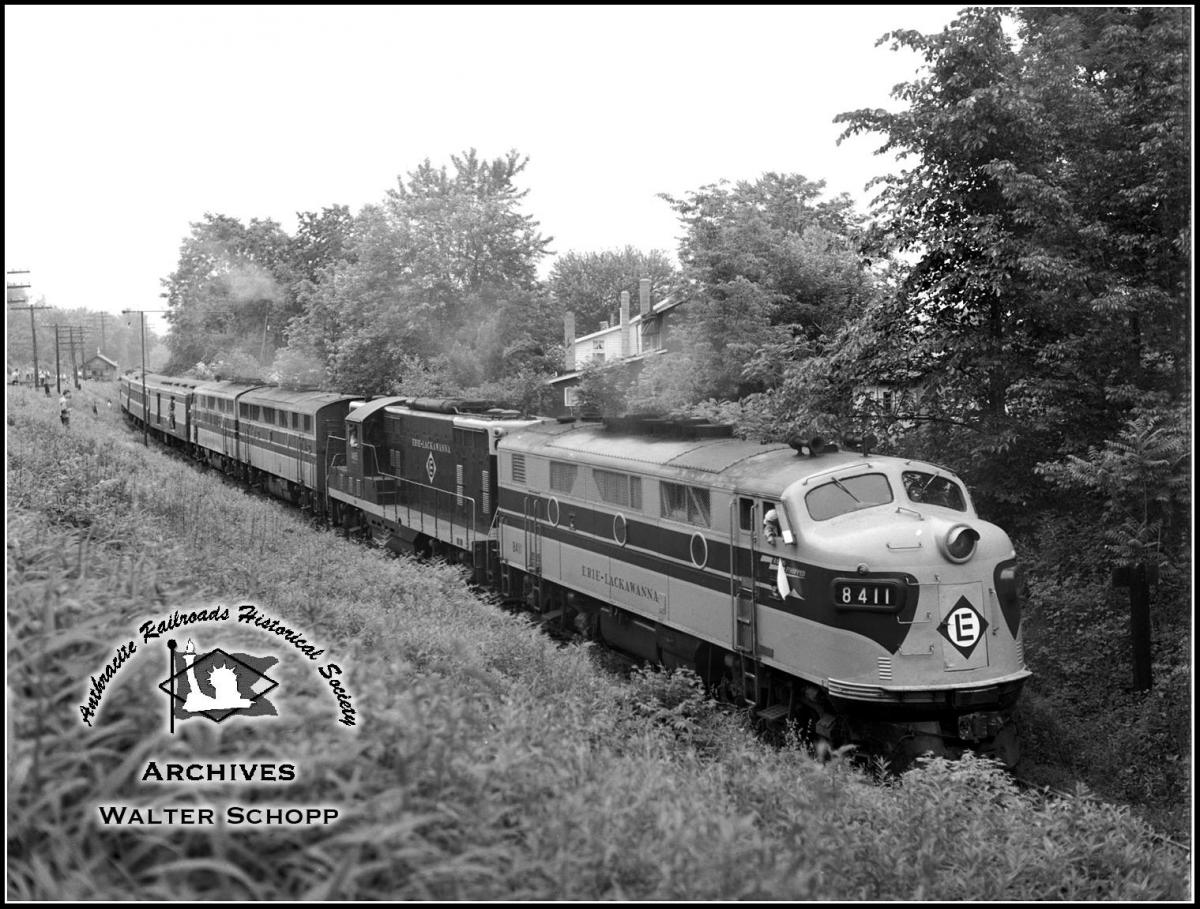 Erie Lackawanna EMD F3A 8411 at Unknown, US - ARHS Digital Archive