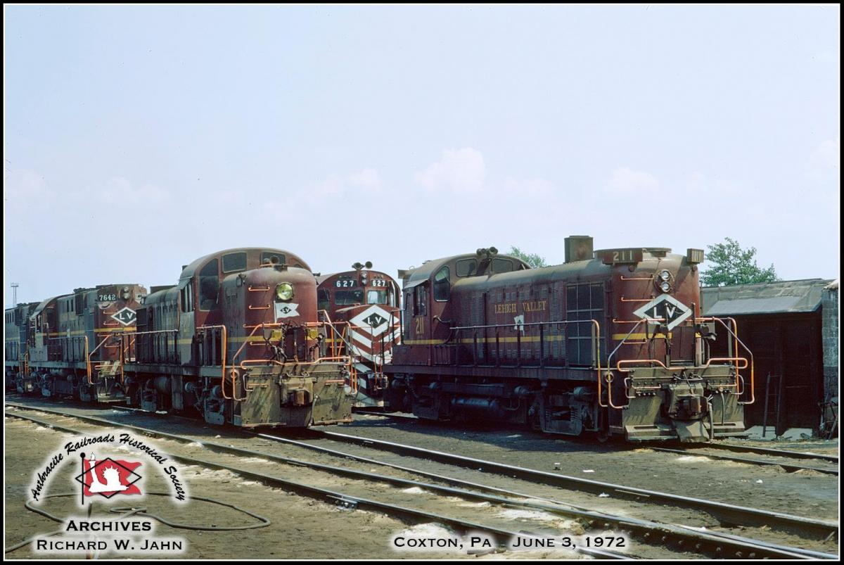 Lehigh Valley ALCO RS3 211 at Coxton, PA - ARHS Digital Archive