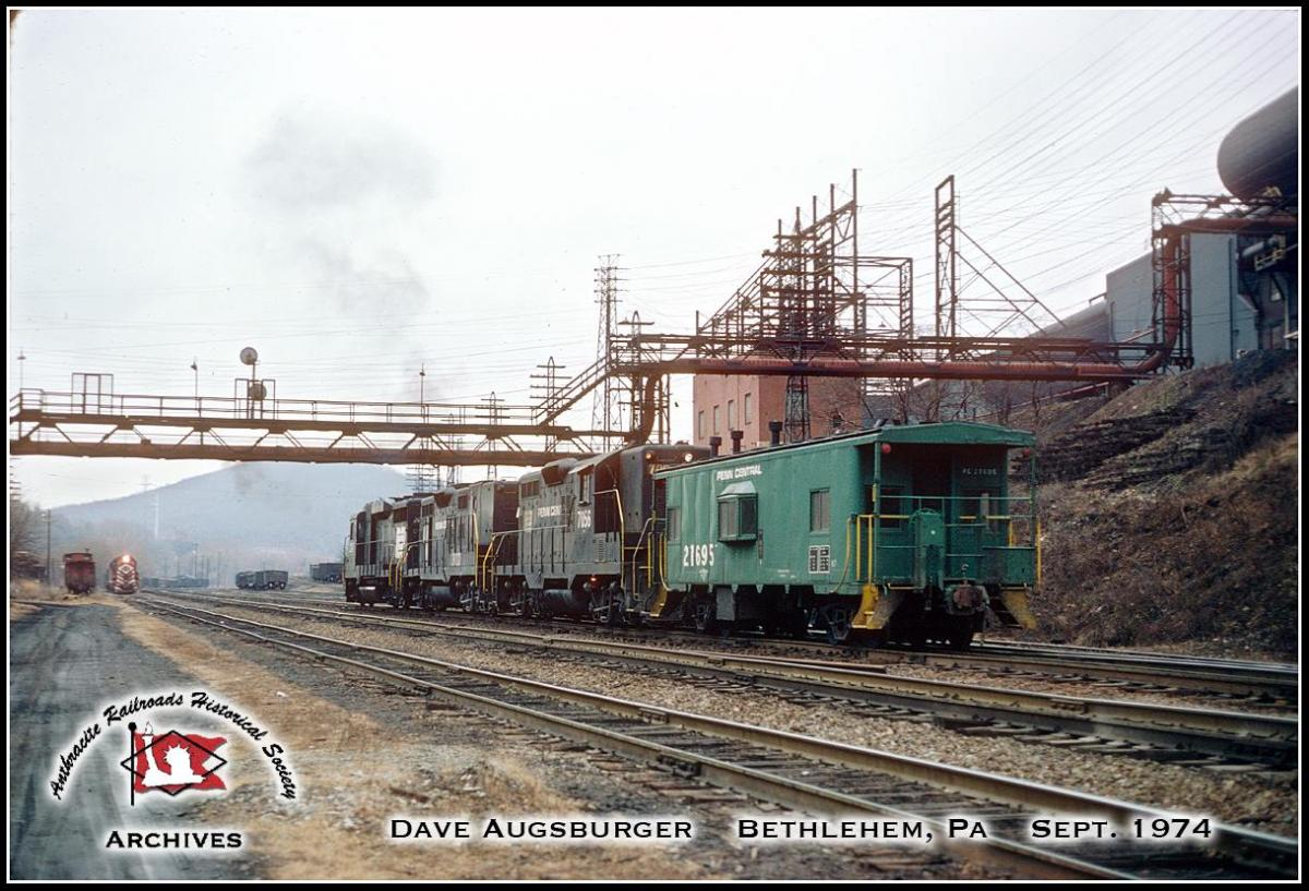 Penn Central Caboose 21695 at Bethlehem, PA - ARHS Digital Archive