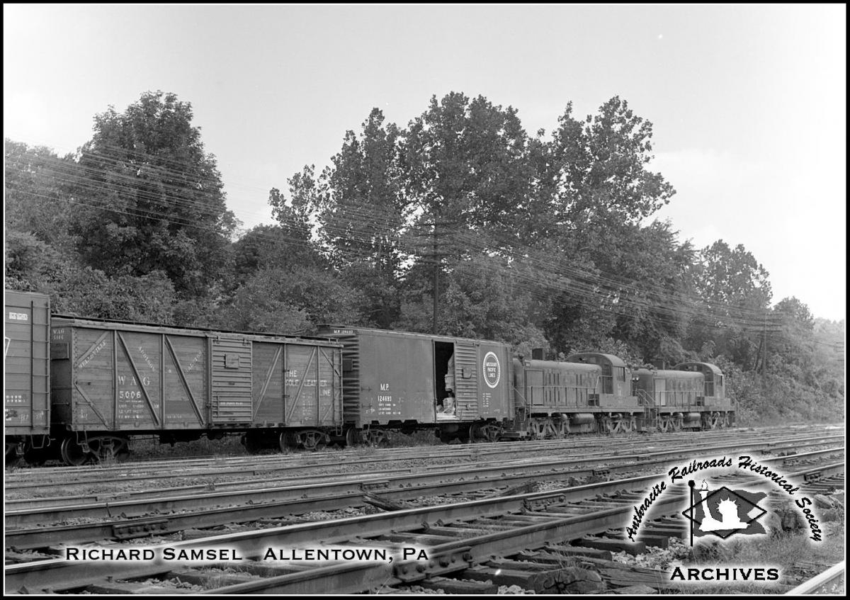 Central Railroad of New Jersey ALCO RSD-4  at Allentown, PA - ARHS Digital Archive