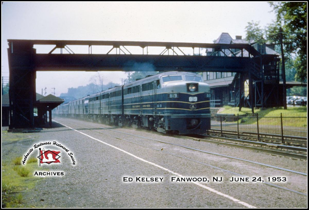 Baltimore and Ohio ALCO FA2 819 at Fanwood, NJ - ARHS Digital Archive