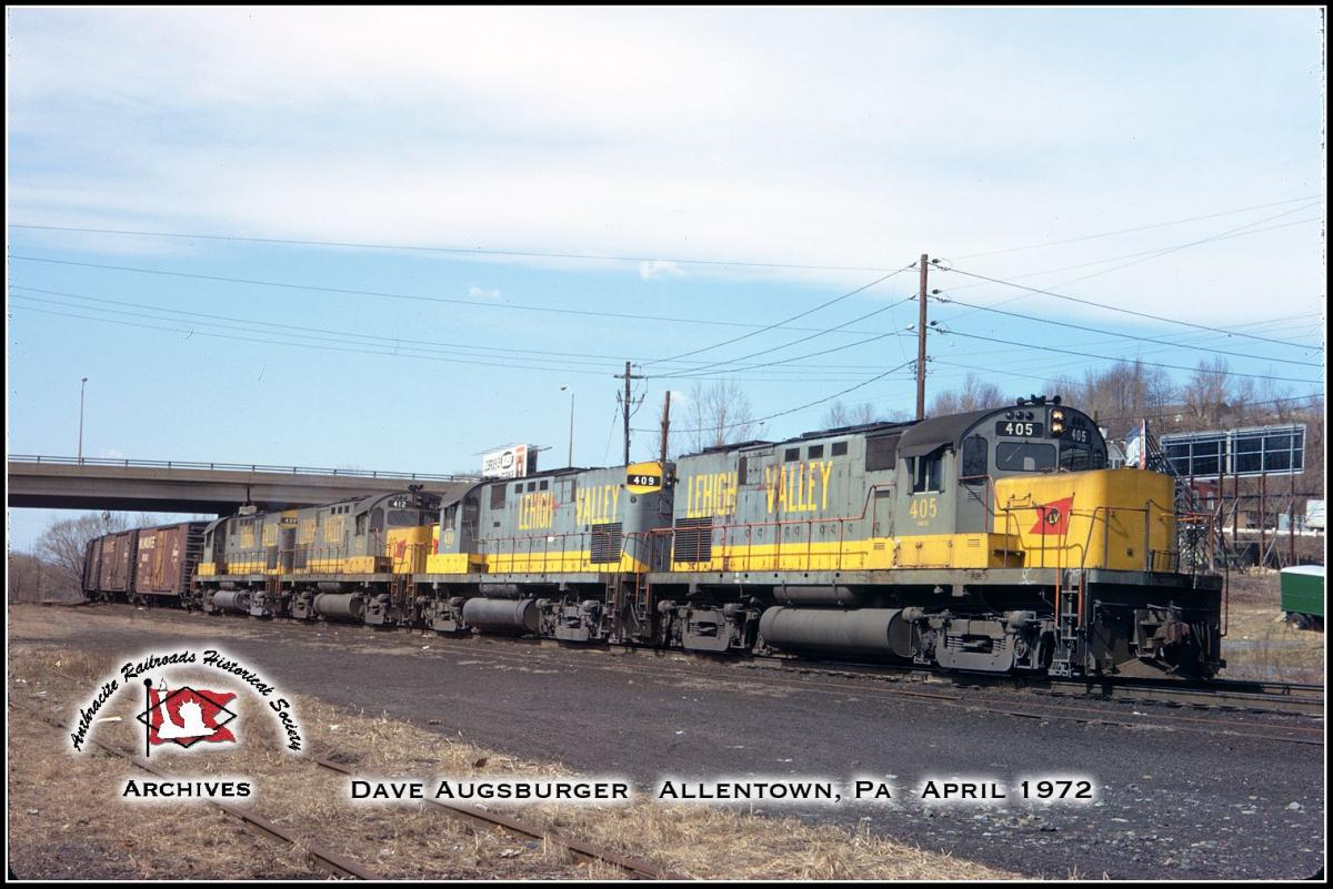 Lehigh Valley ALCO C420 405 at Allentown, PA - ARHS Digital Archive