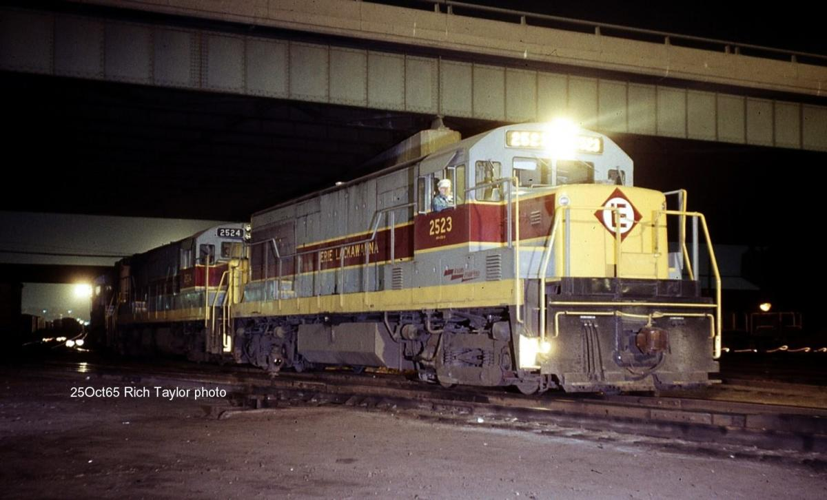 Erie Lackawanna GE U25B 2523 at Secaucus, NJ - ARHS Digital Archive